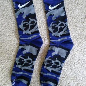 Mens Nike Dri-Fit crew socks